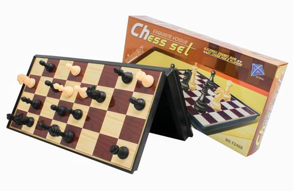 Cestovní šachy magnetické plast Chess Sel 31x31x2 cm