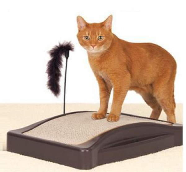 Tapsi Maxx škrabadlo pro kočku s hračkou 34x44 cm
